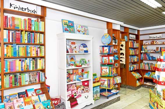 Bildergalerie der Kleinschen Buchhandlung in Krefeld - Kinderbücher und Kinderspielwaren